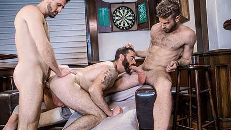 After the three new stepbrothers Nick Fitt, Hunter Smith and Cade Maddox, reunite at the family home, they decide to go out with some friends to the local watering hole.